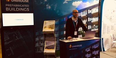 Unihouse at the fair in Switzerland